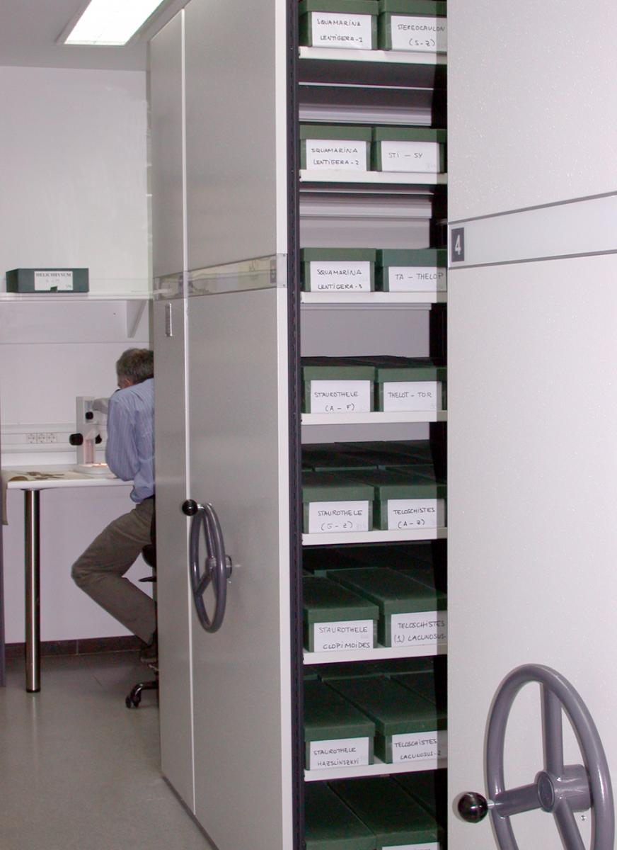 Centre for Research on Plant Biodiversity equipment picture