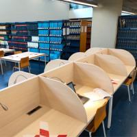 Nous cubicles de treball individual al CRAI Biblioteca de Física i Química