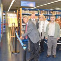"""Acte d'inauguració de l'exposició """"G.N. Lewis i l'enllaç químic:100 anys compartint parells d'electrons"""""""