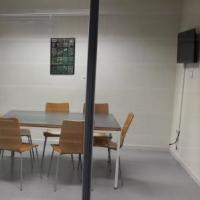 Noves pantalles LED a les aules de treball en grup del CRAI Biblioteca de Biologia