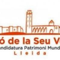 El CRAI Biblioteca del Pavelló de la República amb la Seu Vella de Lleida