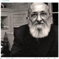 Exposició sobre Paulo Freire al CRAI Biblioteca del Campus de Mundet