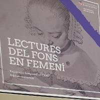 Exposició Lectures del fons en femení al CRAI Biblioteca de Biblioteconomia i Documentació