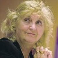 Signat un conveni de donació amb la professora Mary Nash