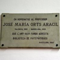 Exposició bibliogràfica sobre José Maria Orts Aracil