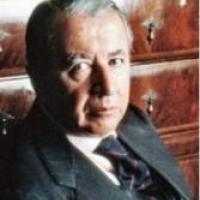 Mor l'empresari Leopoldo Rodés, membre del Consell d'Alumni UB i mecenes del CRAI UB