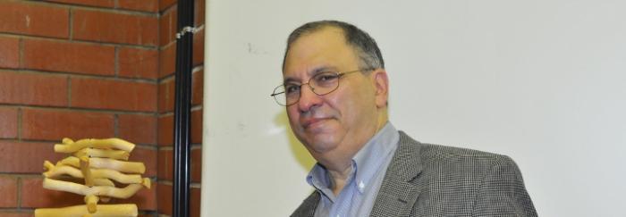 Simon A. Levin a la Facultat de Biologia. © J. M. Rué, Universitat de Barcelona