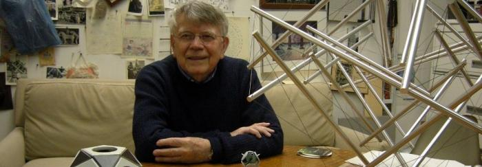 Kenneth Snelson al seu estudi a Manhattan, Tardor 2011