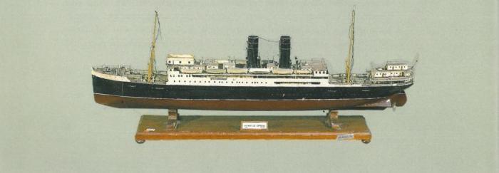 """29. Maqueta del barco """"Marqués de Comillas"""" (Conservada en el Palau  Moja de Barcelona), por unos días """"universidad flotante""""."""